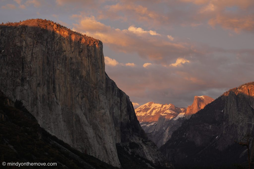 the best photos of the tunnel view in yosemite national park at sunset