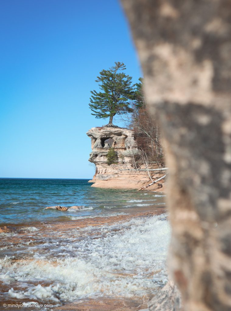 how to see pictured rocks